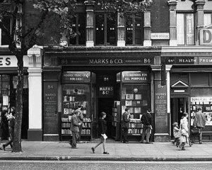 """La célebre y""""literaria"""" 84, Charing Cross Road"""