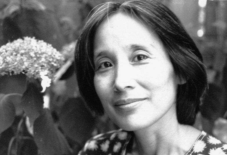 Aki Shimazaki, autora de Tonbo