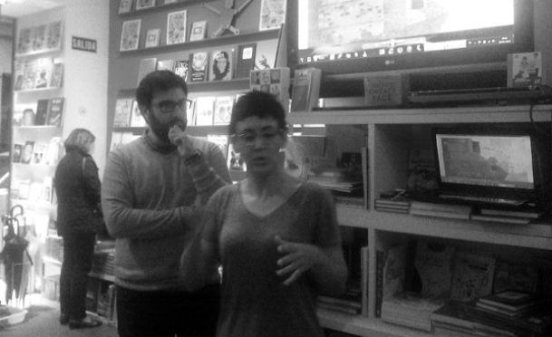 Eva Vázquez y Diego Moreno, en la librería Panta Rhei