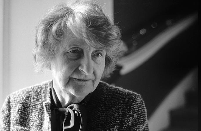 Molly Keane, autora de Buen comportamiento